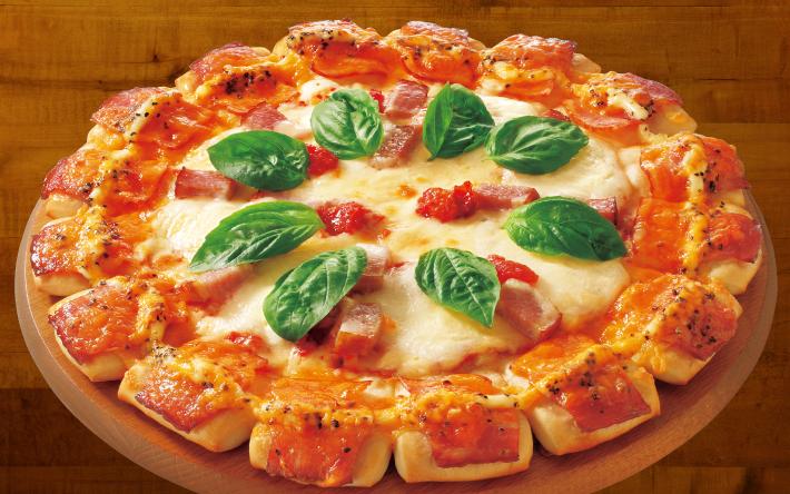 宅配 ピザ